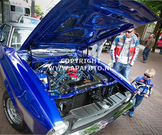 Arnhem, 130512<br /> American Car Festival. <br /> Een Mustang Mach 1 uit 1971 met 5 liter V8 motor , opgevoerd tot 350 PK.<br /> Foto: Sjef Prins - APA Foto