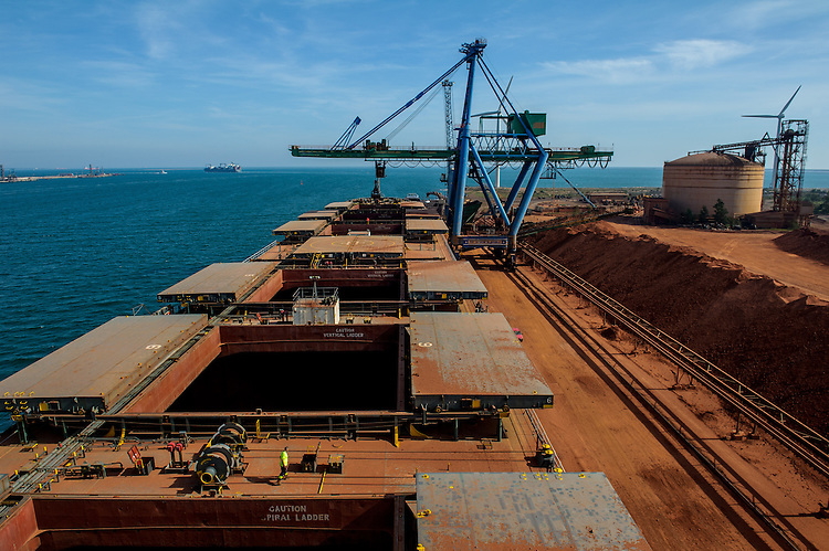 Terminal Minéralier, bauxite - Grand Port Maritime de Marseille - GPMM - Fos sur Mer