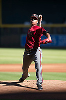 Arizona Diamondbacks relief pitcher Elvis Luciano (32) delivers a pitch to the plate during an Instructional League game against the Kansas City Royals at Chase Field on October 14, 2017 in Phoenix, Arizona. (Zachary Lucy/Four Seam Images)