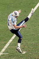 Punter Craig Hentrich, #15, NFL AFC Championship game, which the Tennessee Titans won over the Jacksonville Jaguars 33-14 on January 23, 2000 in Jacksonville, FL.  (Photo by Brian Cleary/bcpix.com)