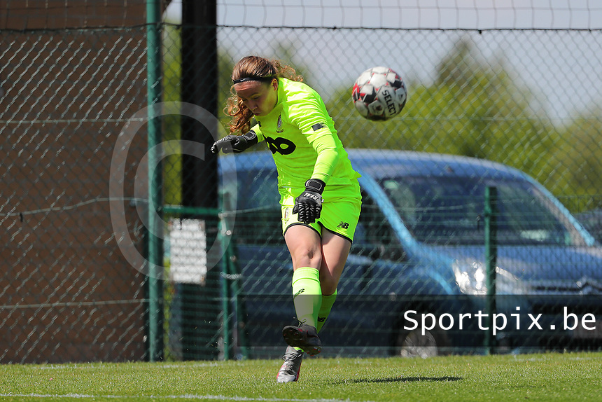 Goalkeeper Lise Musique (1) of Standard in action during a female soccer game between Standard Femina de Liege and Oud Heverlee Leuven on the 10th and last matchday in play off 1 of the 2020 - 2021 season of Belgian Scooore Womens Super League , saturday 29 th of May 2021  in Angleur , Belgium . PHOTO SPORTPIX.BE | SPP | SEVIL OKTEM