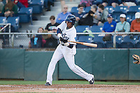Erick Mejia (29) of the Everett Aquasox at bat during a game against the Vancouver Canadian at Everett Memorial Stadium in Everett, Washington on July 27, 2015.  Everett defeated Vancouver 6-0. (Ronnie Allen/Four Seam Images)