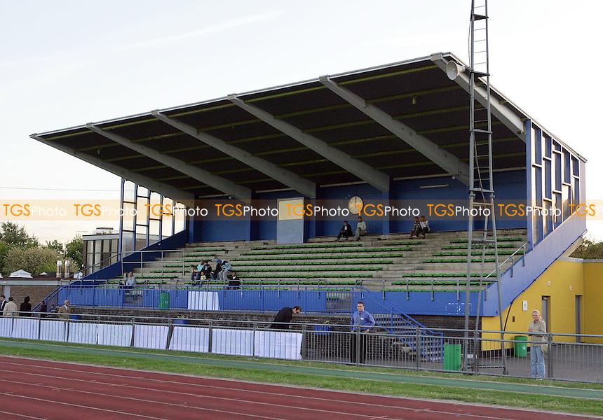 Mile End Stadium - Beaumont Athletic vs Bethnal Green United - Bangla TV Football Tournament 2007 Final at Mile End Stadium - 10/09/07  - MANDATORY CREDIT: Gavin Ellis/TGSPHOTO - SELF-BILLING APPLIES WHERE APPROPRIATE. NO UNPAID USE. TEL: 0845 094 6026..