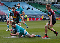 17th April 2021; Twickenham Stoop, London, England; English Premiership Rugby, Harlequins versus Worcester Warriors; Palframan of Worcester warriors scores late in the second half