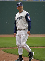 April 21, 2004:  Randy Ready of the Fort Wayne Wizards, Midwest League (Low-A) affiliate of the San Diego Padres, during a game at Memorial Stadium in Fort Wayne, IN.  Photo by:  Mike Janes/Four Seam Images