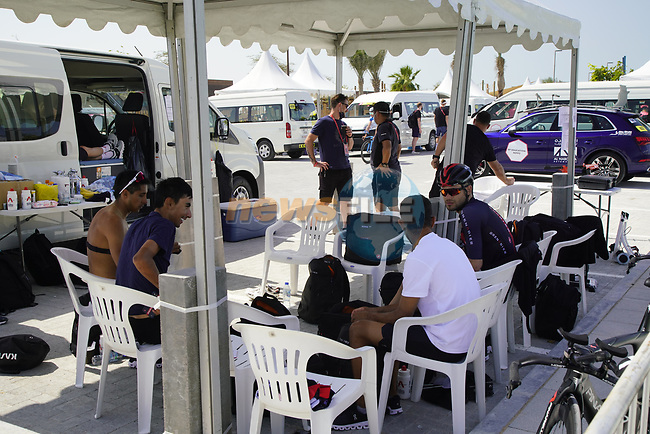 Ineos Grenadiers riders relax before Stage 2 of the 2021 UAE Tour an individual time trial running 13km around  Al Hudayriyat Island, Abu Dhabi, UAE. 22nd February 2021.  <br /> Picture: Eoin Clarke | Cyclefile<br /> <br /> All photos usage must carry mandatory copyright credit (© Cyclefile | Eoin Clarke)
