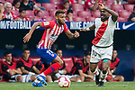 Thomas Lemar (L) of Atletico de Madrid competes for the ball with Gael Kakuta of Rayo Vallecano during the La Liga 2018-19 match between Atletico de Madrid and Rayo Vallecano at Wanda Metropolitano on August 25 2018 in Madrid, Spain. Photo by Diego Souto / Power Sport Images
