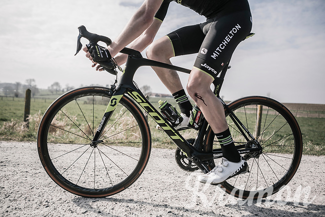 blooded knee for Luke Durbridge (AUS/Michelton-Scott)<br /> <br /> 81st Gent-Wevelgem in Flanders Fields (1.UWT)<br /> Deinze > Wevelgem (251km)
