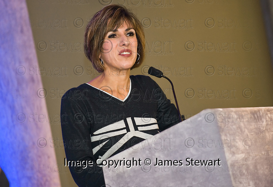 24/09/2010   Copyright  Pic : James Stewart.002_fbp_conf_2010  .::  FALKIRK BUSINESS PANEL :: 2010 CONFERENCE :: CONFERENCE HOST SHEREEN NANJIANI ::.