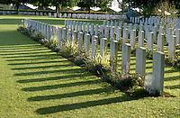 - Normandy, sites of allied landing of June 1944, British military cemetery in Bayeux....- Normandia, i luoghi degli sbarchi alleati del giugno 1944, cimitero militare USA di Colleville S.Mer