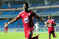 CALI -COLOMBIA-04-04-2016. Jhoaho Hinestroza jugador de América Cali celebra después de anotar un gol Atlético FC durante partido por la fecha 8 del Torneo Águila 2016 jugado en el estadio Pascual Guerrero de la ciudad de Cali. / Jhoaho Hinestroza player of America de Cali celebrates after scoring a goal to Atletico FC during match for the date 8 match of the Aguila Tournament 2016 played at Pascual Guerrero stadium in Cali. Photo: VizzorImage/ NR /