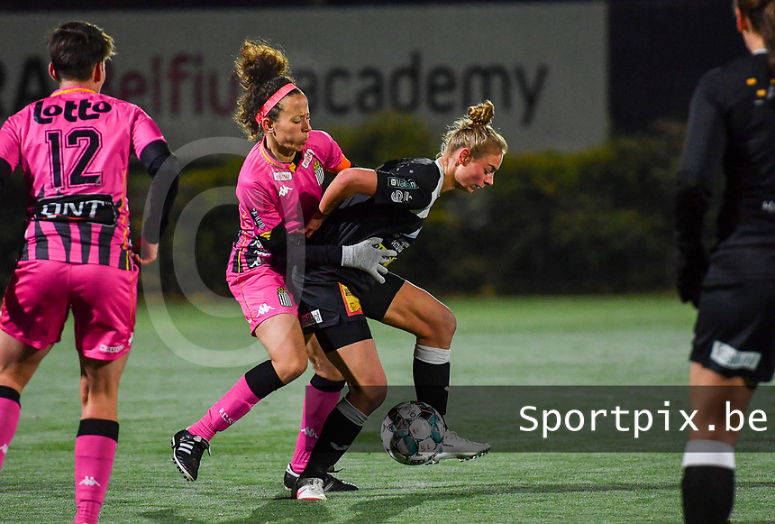 Ines Dhaou (5 Charleroi) pictured in a fight for the ball with Aalst's Margaux Van Ackere during a female soccer game between Sporting Charleroi and Eendracht Aalst on the 8th  matchday of the 2020 - 2021 season of Belgian Scooore Womens Super League , friday 20 th of November 2020  in Marcinelle , Belgium . PHOTO SPORTPIX.BE | SPP | DAVID CATRY