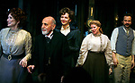 Delphi Harrington, George Morfogen, Maggie Gyllenhaal, Cyrilla Baer & Peter Sarsgaard<br />