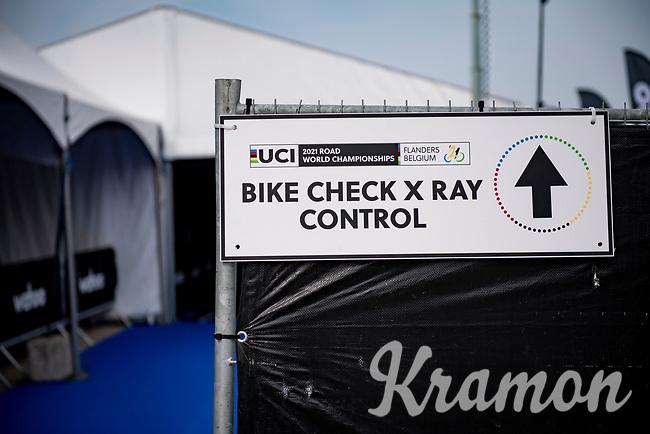 Men Elite Individual Time Trial <br /> from Knokke-Heist to Bruges (43.3 km)<br /> <br /> UCI Road World Championships - Flanders Belgium 2021<br /> <br /> ©kramon