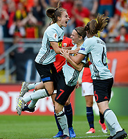 20170720 - BREDA , NETHERLANDS : Belgian Tessa Wullaert and Tine De Caigny (right) pictured celebrating after Belgium is taking the lead with 0-1 after a goal from Elke Van Gorp (middle) during the female soccer game between Norway and the Belgian Red Flames  , the second game in group A at the Women's Euro 2017 , European Championship in The Netherlands 2017 , both teams lost their first game , thursday 20 th June 2017 at Stadion Rat Verlegh in Breda , The Netherlands PHOTO SPORTPIX.BE   DAVID CATRY
