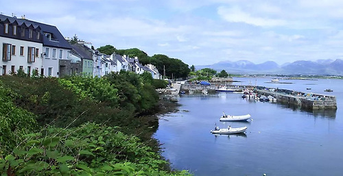 Roundstone Harbour in County Galway