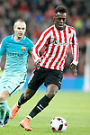 Athletic de Bilbao's Inaki Williams (r) and FC Barcelona's Andres Iniesta during Spanish Kings Cup match. January 05,2017. (ALTERPHOTOS/Acero)