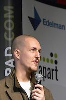 Ben Hammersley, writer author and consultant at the Les Blog conference in Paris December 2005 on blogging, new media and internet strategy