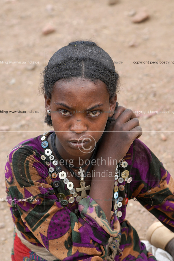 ETHIOPIA Lalibela, young woman with cross necklace / AETHIOPIEN Lalibela, junge Frau mit Kreuz Halskette