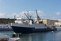 France, Bretagne, (29), Finistère, Brest:   Base Navale et Arsenal de Brest, Navire de recherche qui assure en outre la vérification permanente de la discrétion acoustique et magnétique des navires et des sous-marins de la marine nationale sur la façade Atlantique.