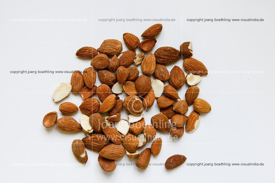 SPAIN Mallorca, Petra, bonany company, processing of almonds  / SPANIEN Mallorca, Petra, Firma bonany, Verarbeitung mallorquinischer Mandeln