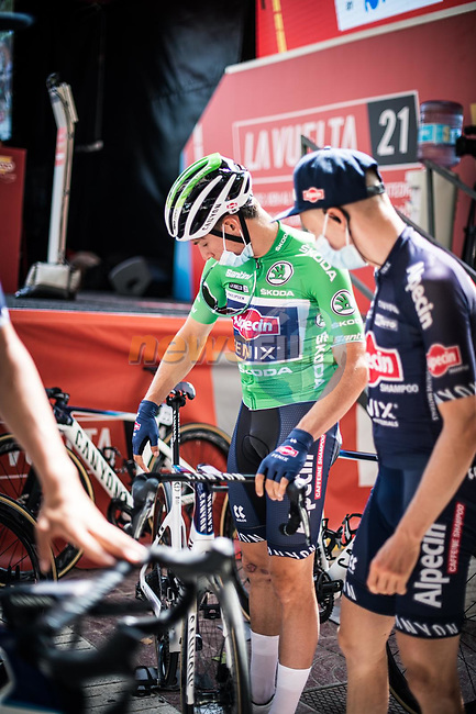 Green Jersey Jasper Philipsen (BEL) Alpecin-Fenix at sign on before the start of Stage 6 of La Vuelta d'Espana 2021, running 158.3km from Requena to Alto de la Montaña Cullera, Spain. 19th August 2021.    <br /> Picture: Charly Lopez/Unipublic | Cyclefile<br /> <br /> All photos usage must carry mandatory copyright credit (© Cyclefile | Unipublic/Charly Lopez)