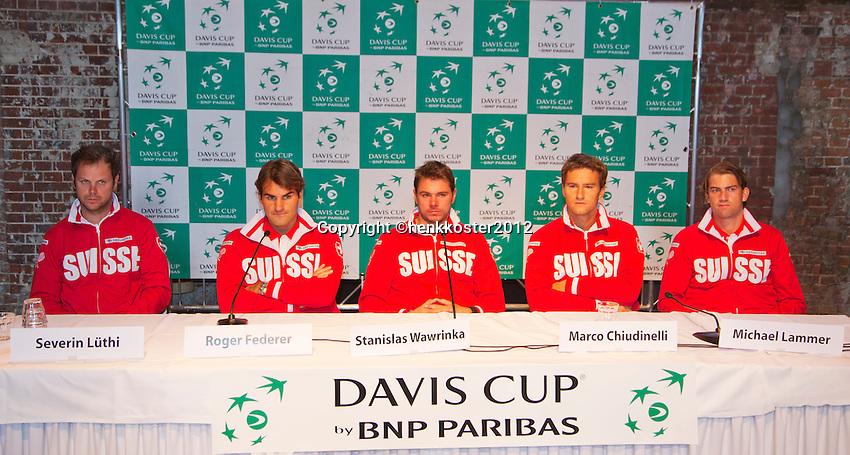 13-09-12, Netherlands, Amsterdam, Tennis, Daviscup Netherlands-Swiss, Draw  Swiss Team press-conference, l.t.r.: Captain Severin Luthi, Roger Federer, Stanislas Wawrinka, Marco Chiudinelli and Michael Lammer.