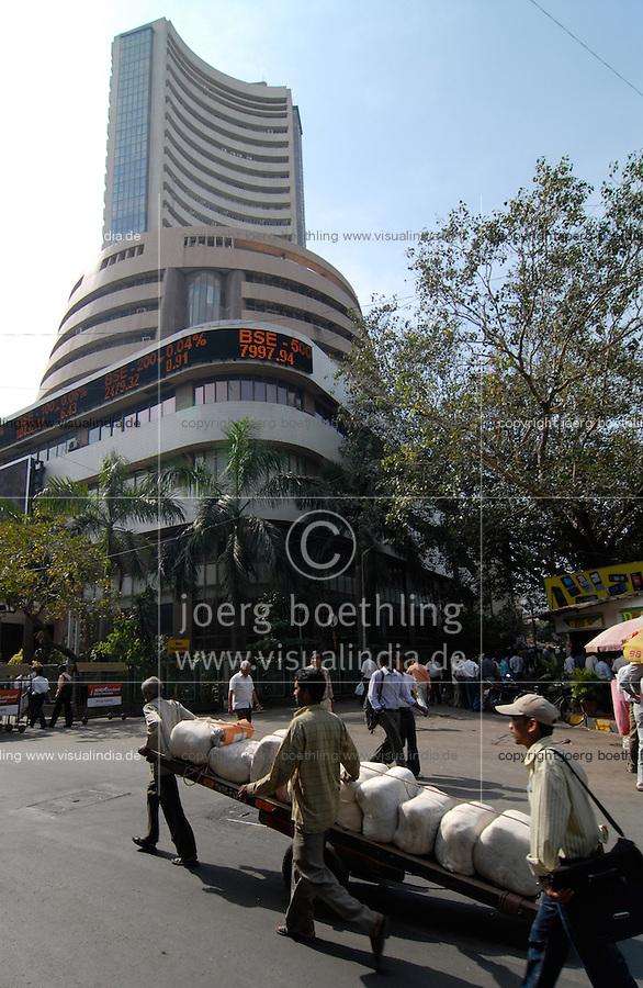 INDIA, Mumbai, stock exchange in Dalal Street, news ticker BSE Bombay Stock Exchange index / INDIEN, Mumbai, indische Boerse