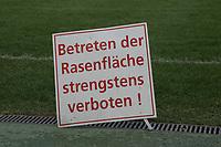Der Rasen in der Commerzbank Arena ist gesperrt