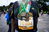 BOGOTÁ -COLOMBIA, 28-07-2018: Aspecto de los participantes en la media maratón de Bogotá 2019, mmB. Con sus tradicionales 21km, en esta ocasión el ganador en elite varones fue Tamirat Tola de Etiopia, con un tiempo de 1h 02m 25s, y en elite mujeres Ruth Chepngetich de Kenya con un tiempo de 1h 10m 39s. / Aspect of the people during the half marathon of Bogota 2018, mmB. With its 21Km in this edition the winner was Tamirat Tola of Ethiopia in elite men category with a time of 1h 02m 35s, and in elite women the winner was Ruth Chepngetich of Kenya with a time of 1h 10m 39s. Photo: VizzorImage / Diego Cuevas / Cont