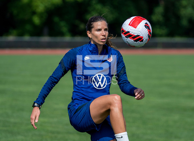 CLEVELAND, OH - SEPTEMBER 14: Tobin Heath of the United States juggles the ball during a training session at the training fields on September 14, 2021 in Cleveland, Ohio.