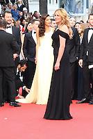 Amal Clooney et Julia Roberts - CANNES 2016 - MONTEE DES MARCHES DU FILM 'MONEY MONSTER'