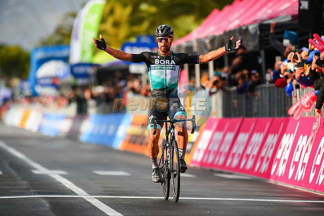 Peter Sagan (SVK) Bora-Hansgrohe wins solo Stage 10 of the 103rd edition of the Giro d'Italia 2020, running 177km from Lanciano to Tortoreto, Italy. 13th October 2020.  <br /> Picture: Dario Belingherini/BettiniPhoto   Cyclefile<br /> <br /> All photos usage must carry mandatory copyright credit (© Cyclefile   Dario Belingherini/BettiniPhoto)