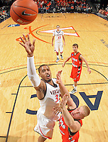 Virginia rolled past Texas Pan Am winning 72-53 Tuesday night at the John Paul Jones Arena in Charlottesville, Va. Photo/Andrew Shurtleff