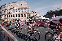 Tom Dumoulin (NED/Sunweb) in front of the Colosseum<br /> <br /> stage 21: Roma - Roma (115km)<br /> 101th Giro d'Italia 2018