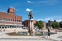 Norwegen, Oslo, Rathausplatz (Rådhusplassen)