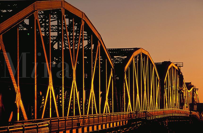 Sunrise light on Broadway Bridge, Portland, Oregon