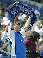 24 October 2004:  San Jose Earthquakes' Fan celebrate with Earthquakes' against Wizards at Spartan Stadium in San Jose, California.   Earthquakes defeated Wizards, 2-0.  Credit: Michael Pimentel / ISI