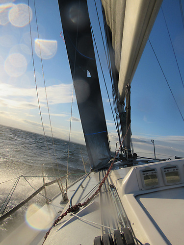 Here you can see the J3 Titanium headsail on the J/109 is sheeted in hard to get the max pointing and boat speed