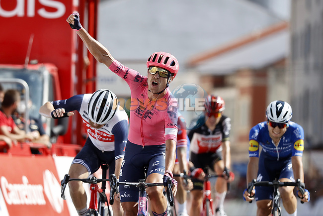 Magnus Cort Nielsen (DEN) EF Education-Nippo wins Stage 19 of La Vuelta d'Espana 2021, running 191.2km from Tapia de Casariego to Monforte de Lemos, Spain. 3rd September 2021.    <br /> Picture: Luis Angel Gomez/Photogomezsport   Cyclefile<br /> <br /> All photos usage must carry mandatory copyright credit (© Cyclefile   Luis Angel Gomez/Photogomezsport)
