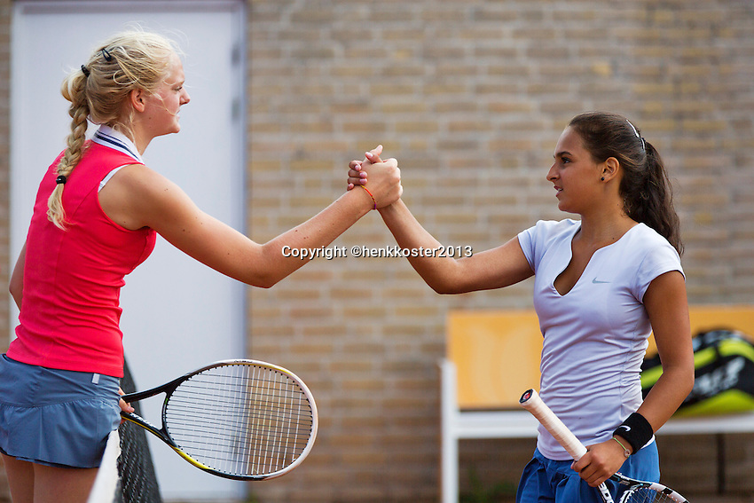 08-08-13, Netherlands, Rotterdam,  TV Victoria, Tennis, NJK 2013, National Junior Tennis Championships 2013, Myrthe Wittkamper and Phillis Vanenburg(R)<br /> <br /> <br /> Photo: Henk Koster
