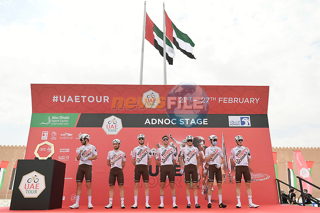 AG2R Citroen Team at sign on before the start of Stage 1 of the 2021 UAE Tour the ADNOC Stage running 176km from Al Dhafra Castle to Al Mirfa, Abu Dhabi, UAE. 21st February 2021.  <br /> Picture: LaPresse/Fabio Ferrari | Cyclefile<br /> <br /> All photos usage must carry mandatory copyright credit (© Cyclefile | LaPresse/Fabio Ferrari)