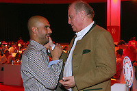 10.05.2014, Postpalast, Muenchen, GER, 1. FBL, FC Bayern Muenchen Meisterfeier, im Bild Josep Guardiola, head coach of Bayern Muenchen talks to Uli Hoeness (R), Uli Hoeness, Josep Guardiola, // during official Championsparty of Bayern Munich at the Postpalast in Muenchen, Germany on 2014/05/11. EXPA Pictures © 2014, PhotoCredit: EXPA/ Eibner-Pressefoto/ EIBNER<br /> <br /> *****ATTENTION - OUT of GER***** <br /> Football Calcio 2013/2014<br /> Bundesliga 2013/2014 Bayern Campione Festeggiamenti <br /> Foto Expa / Insidefoto