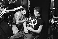 - Milan, International Tattoo Convention (March 1988)....- Milano, convenzione internazionale tatuaggi  (marzo 1988)