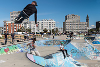 Europe/France/Normandie/76/Seine Maritime/ Le Havre :  Le Skatepark, situé près de la digue Nord est le plus grand skatepark gratuit à ciel ouvert de France.  //  Europe/France/Normandy/76/Seine Maritime/ Europe / France / Normandy / 76 / Seine Maritime / Le Havre: The Skatepark, located near the North embankment, is the largest free open-air skatepark in France.