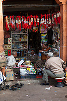 Jaipur, Rajasthan, India.  Shop Selling Bottled Drinks, Tea, Breath Sweeteners, and Assorted Items.