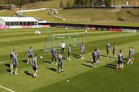 Deutsche Nationalmannschaft beim Aufwärmen in Seefeld - Seefeld 30.05.2021: Trainingslager der Deutschen Nationalmannschaft zur EM-Vorbereitung