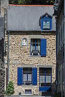 Europe/France/Bretagne/35/Ille et Vilaine/Cancale: Détail des maisons de Pêcheur du Port du Houle // France, Ille et Vilaine, cote d'emeraude (Emerald Coast), Cancale, Retail houses Fisherman's Port Houle