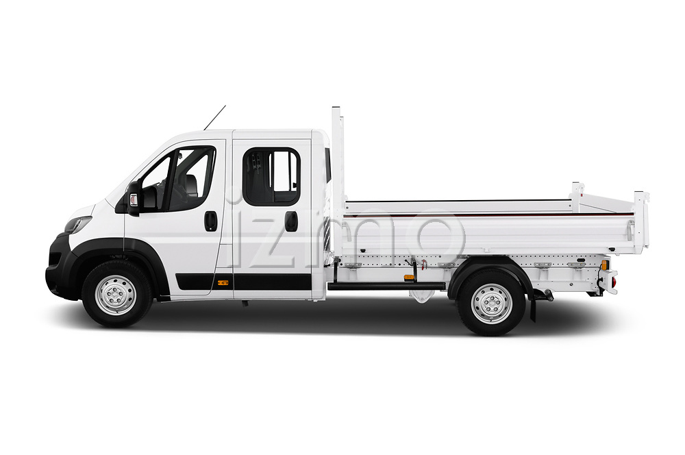 Car Driver side profile view of a 2019 Peugeot Boxer PRO-SR 4 Door Chassis Cab Side View