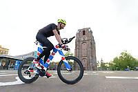 FIETSSPORT: LEEUWARDEN: 24-05-2021, Finish bij de Oldehove na de Fietselfstedentocht Maarten van der Weijden, ©foto Martin de Jong